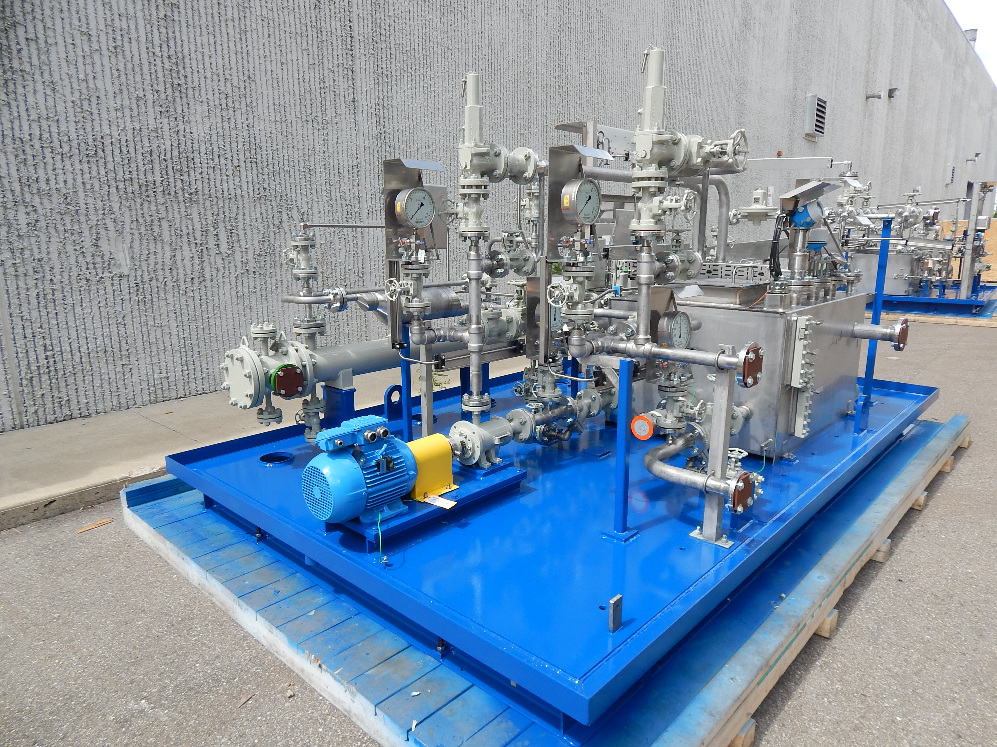 Low Cost vs. Low Price in the Lube Oil Manufacturing Process